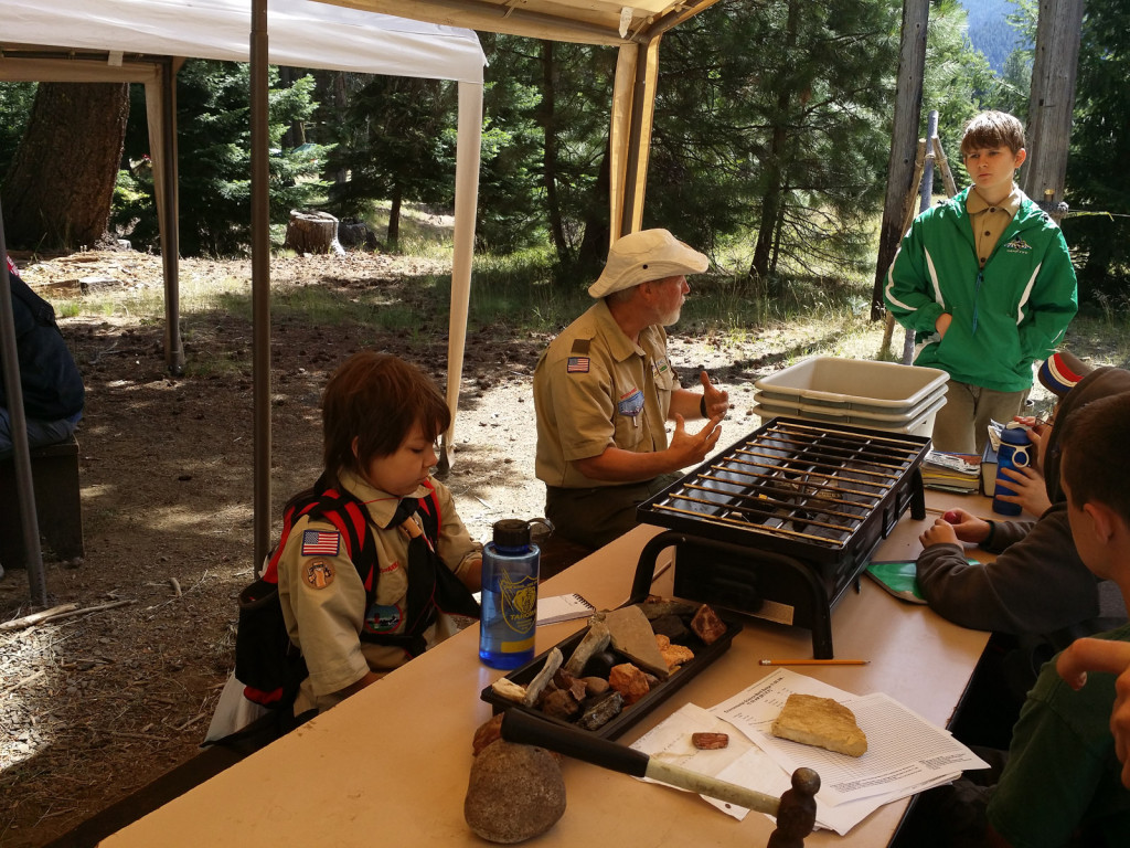 Scouts_campfife-190